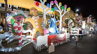 Downtown Summerlin rings in the Holidays with Holiday Parade on November 16th