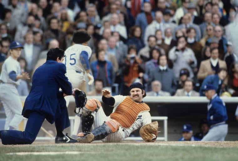 Baseball: World Series: New York Yankees Thurman Munson (15) in action vs Los Angeles Dodgers Davey Lopes (15). Game 5. Bronx, NY 10/15/1978 CREDIT: Manny Millan (Photo by Manny Millan /Sports Illustrated/Getty Images) (Set Number: X22789 TK5 )