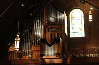 Gabriel Kney organ.