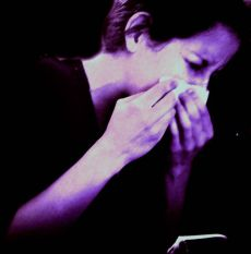 Woman_sneezing-Vitamin_D_Flu