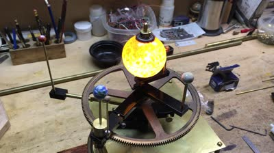 orrery-in-action_std.original