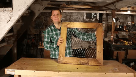 smile chicken wire frame