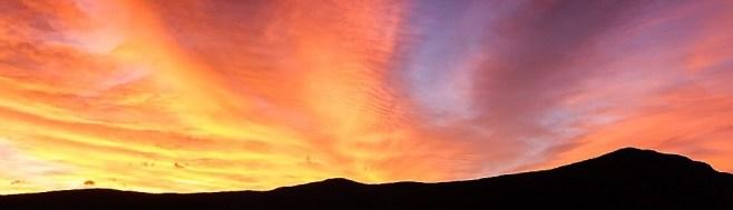 cropped-fiery_sunrise_over_crawford_notch_5012-edit.jpg