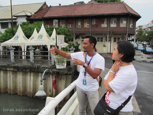 Mas Farid menjelaskan sejarah Sungai Ciliwung