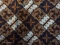 Batik Ceplok Trimino
