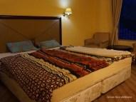 kamar di Hotel D'Qiano Dieng