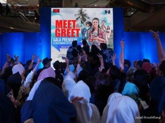 selfi Meet and Greet TTNT Movie
