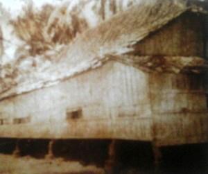 Salah satu asrama Tebuireng pada awal kelahirannya