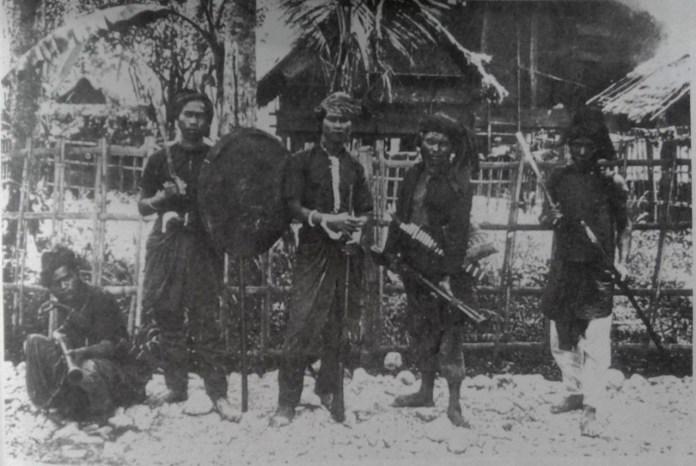 Pejuang Aceh. Sumber foto: perang Kolonial di Aceh. The Dutch Colonial War in Acheh (1997).