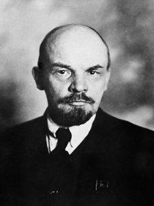 Gambar 4.3 Lenin. Sumber foto: wikipedia