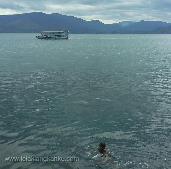 toba lake samosir island tuk tuk sumatera utara