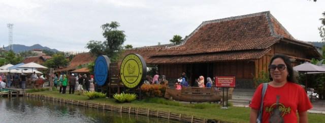 pasar apung lembang wisata kuliner bandung