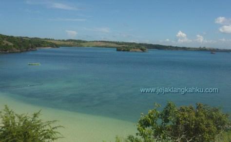 pantai pink lombok 3