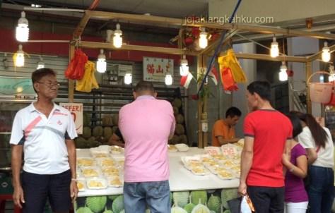 bugis street singapore 6-1