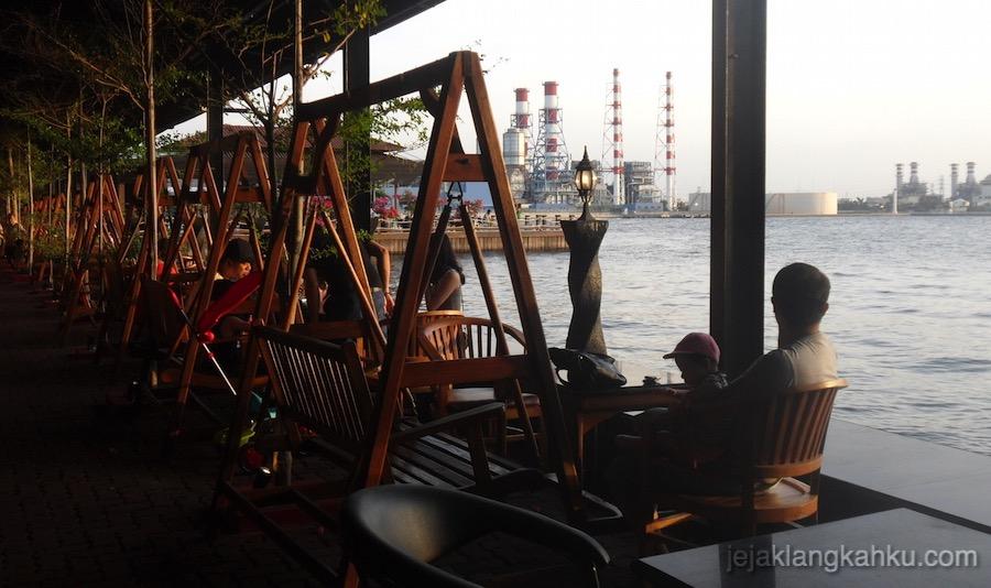 Jet Ski Cafe Jakarta 4