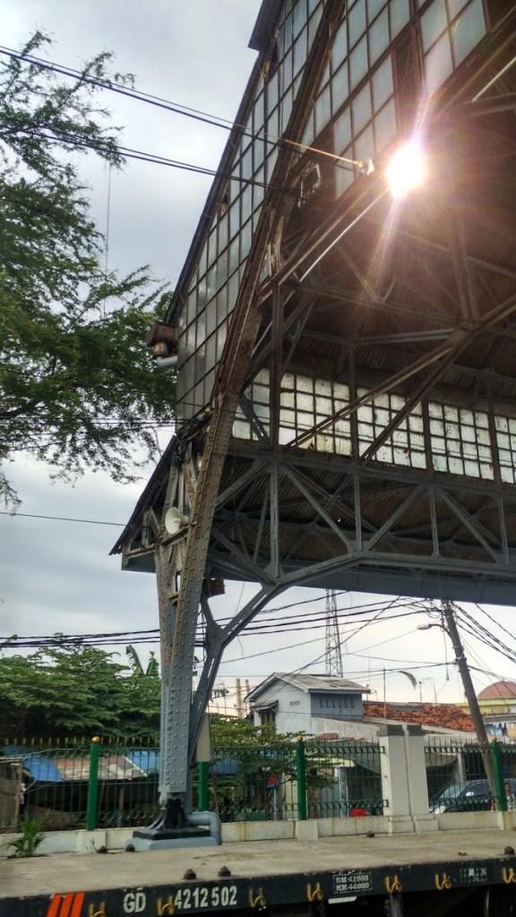 stasiun-tanjung-priok-struktur-kubah