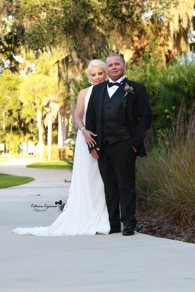 Professional wedding photography and videography services in South Florida