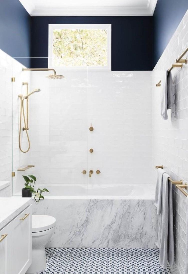 Chic Small Bathroom Ideas - Navy Blue Contrast