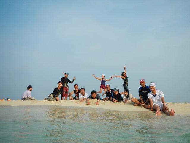 Kemping Ceria Di Pulau Dolphin Kepulauan Seribu Jelajah Sumbar