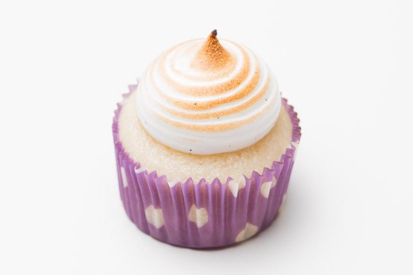 meringue mini cupcake