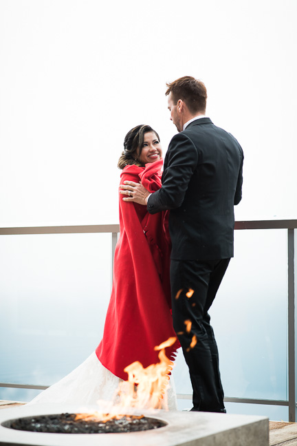bride-groom-fire-pit-squamish