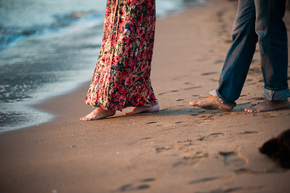 engagement-beach-bare-feet