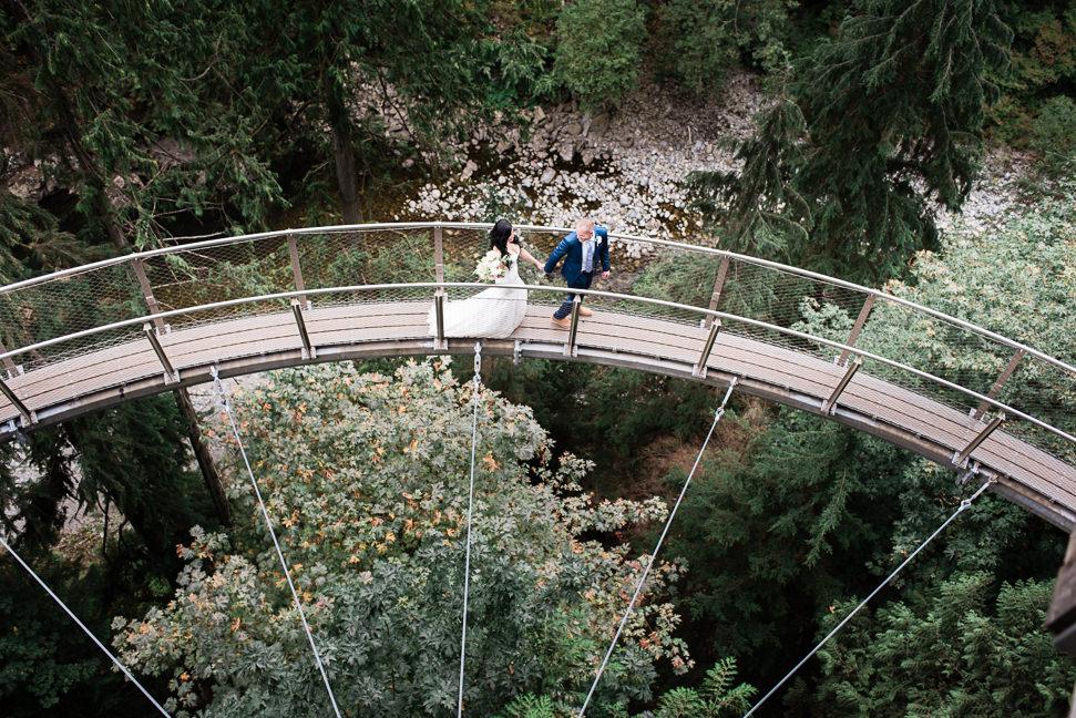 capilano-suspension-bridge-wedding