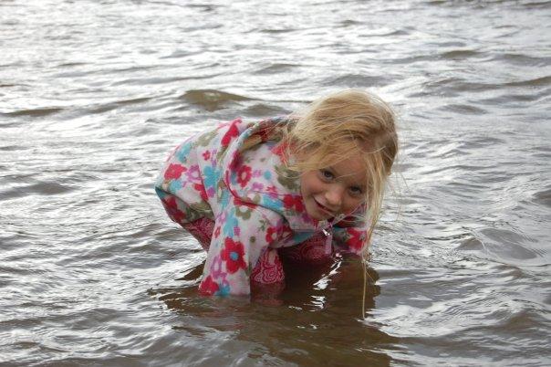 Comment aider son enfant timide à être confiant