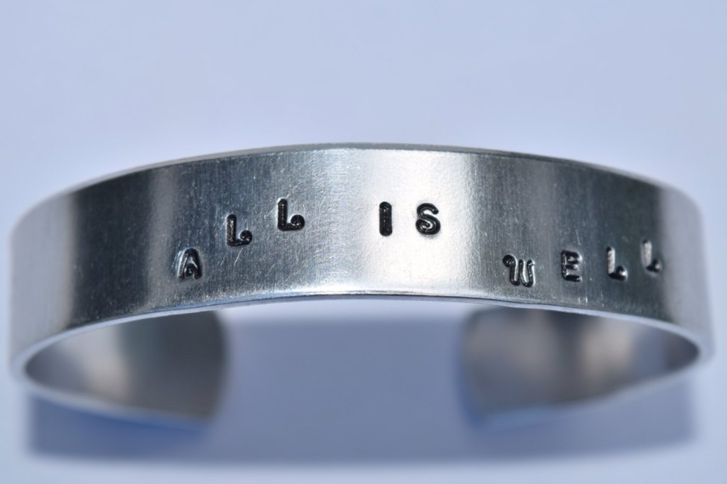 Bracelet estampé à la main - Au choix