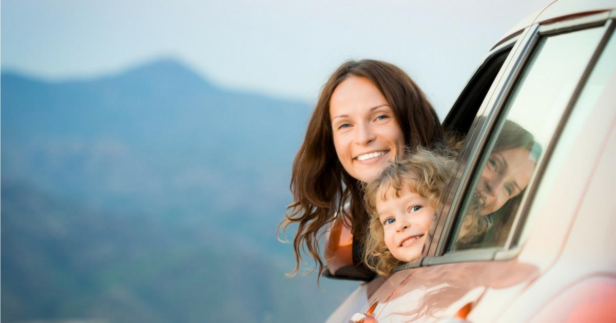 Jeux captivants pour les longs voyages d'autos - À lire sur Je Materne!
