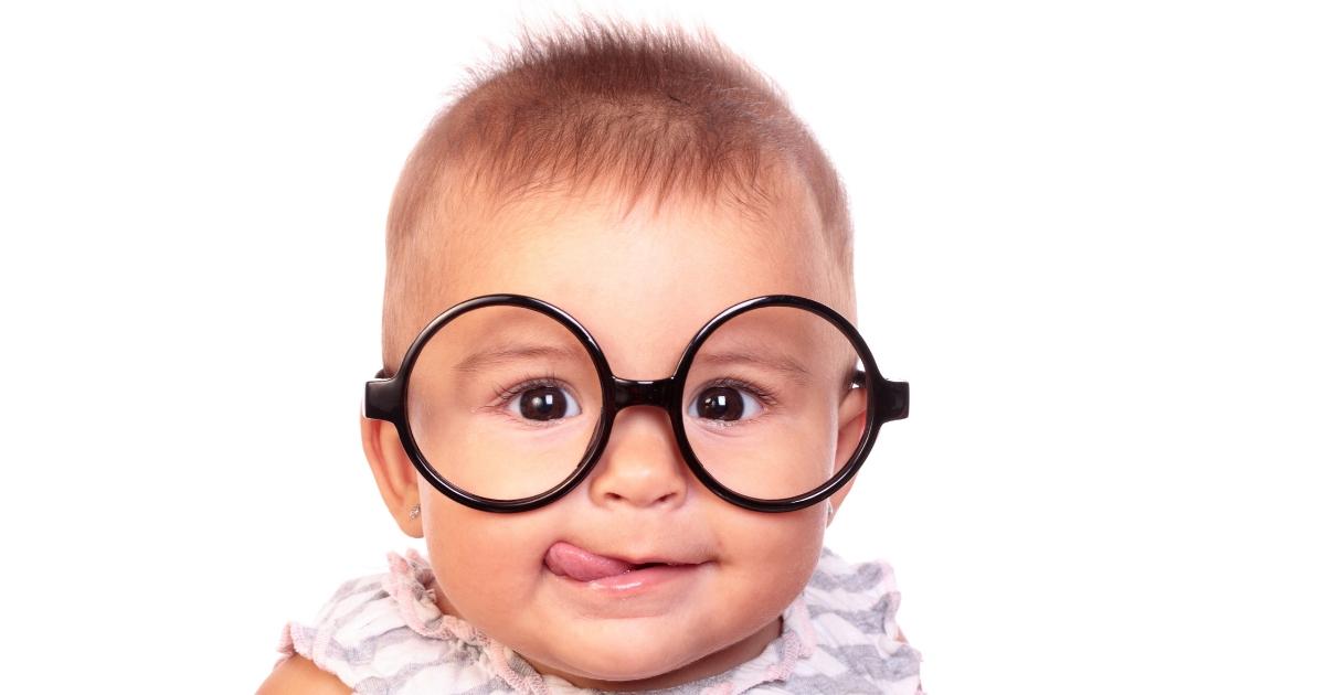 """Devrais-tu encourager ton enfant à être """"sage comme une image""""? À LIRE! LE POUVOIR DE L'INVISIBILITÉ sur JeMaterne.com"""