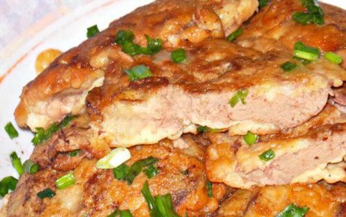 Рецепт нежнейшей куриной печенки в сметанно-чесночном кляре