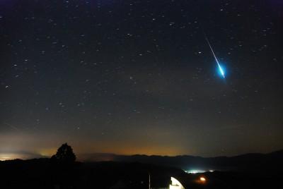 Perseid meteors time