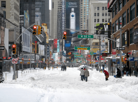 New-york-winter-storm-times-square