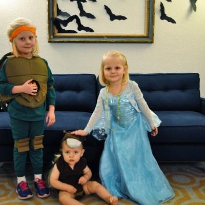 Mila Monday: Halloween