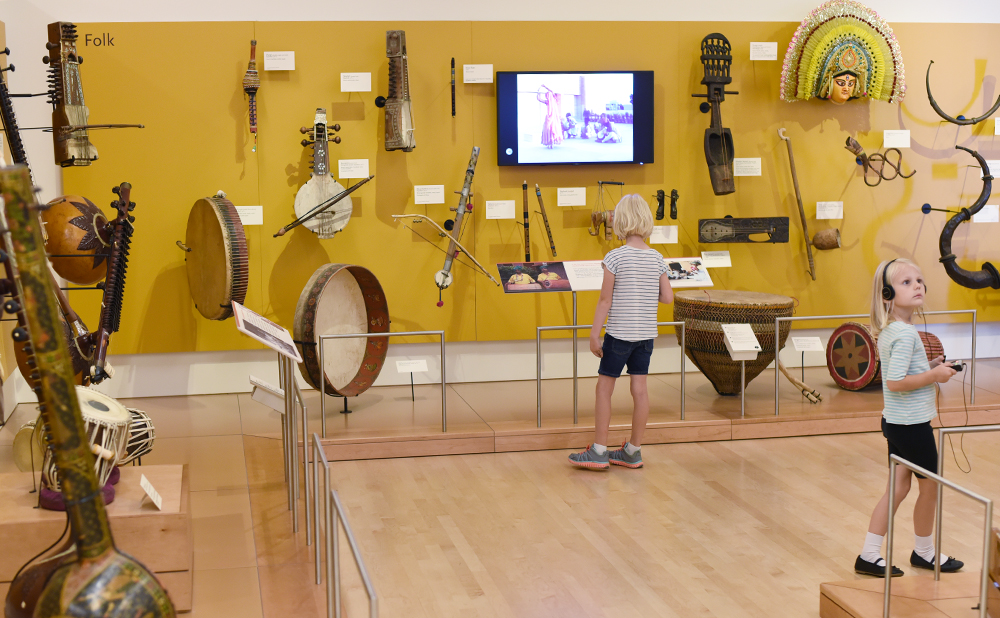 Guide to visiting the MIM (Musical Instrument Museum) in Scottsdale, Arizona