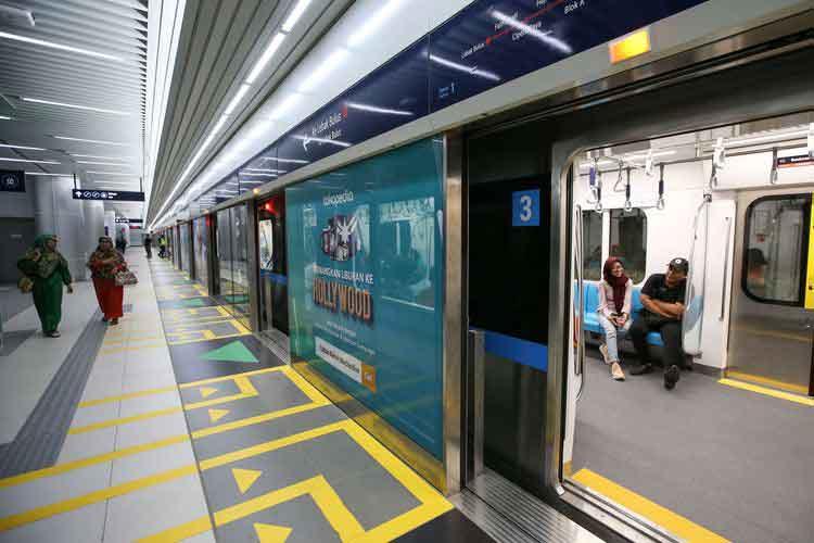 transportasi publik untuk menghemat di jakarta