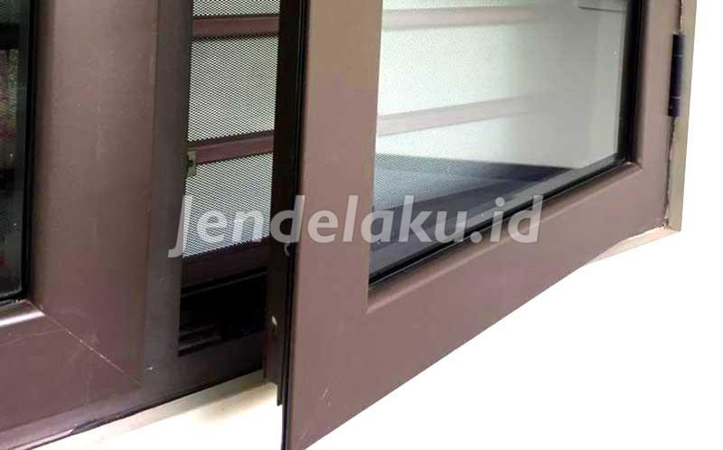 Jendela Aluminium Coklat 1