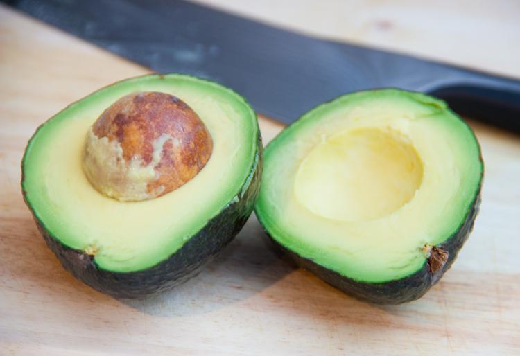 prepping-avocado