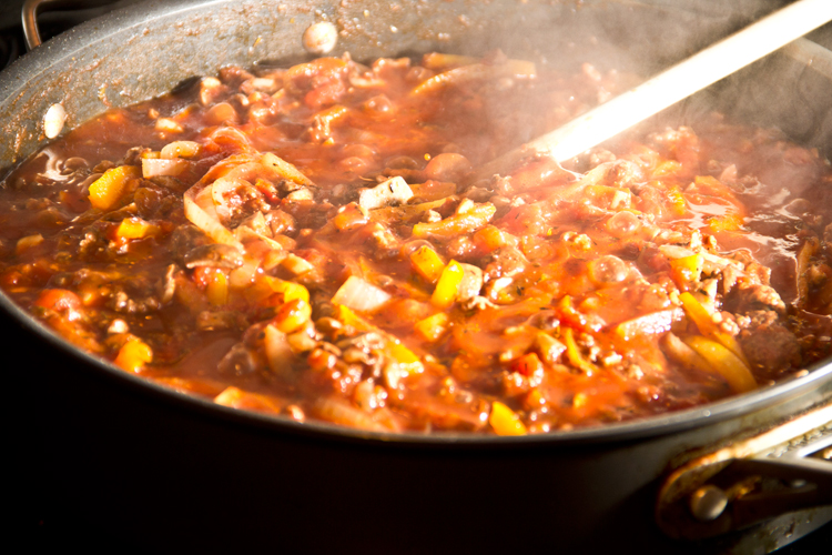 cooking-meat-sauce