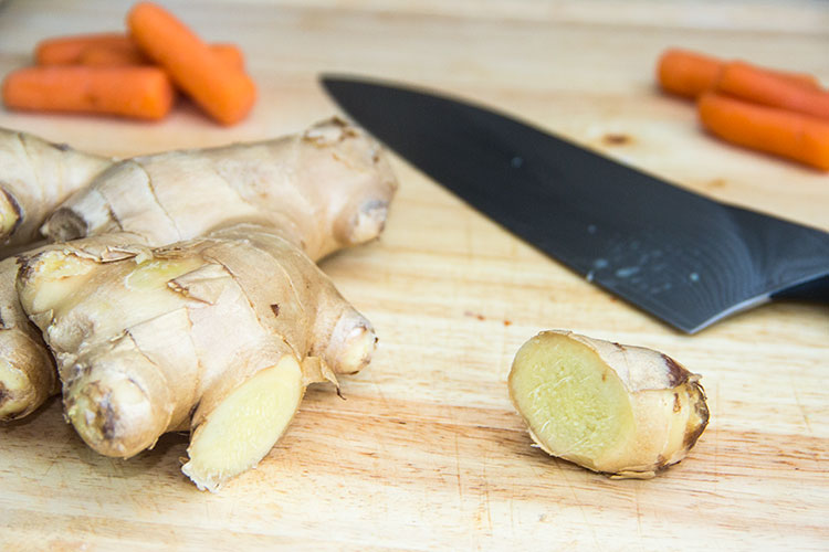 preparing-fresh-ginger