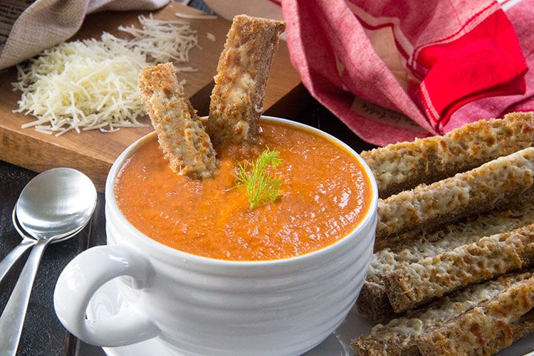 Skinny-Creamy-Tomato-Soup-with-Three-Cheese-Breadsticks