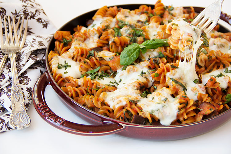 Easy-30-Minute-Eggplant-Pasta-Skillet