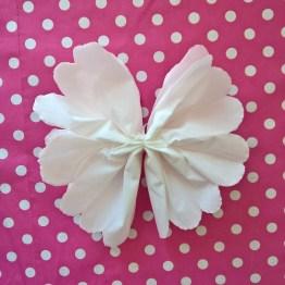 fleurs mouchoir en papier DIY (6)