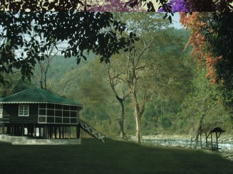 The Glenburn Lodge by River Rungeet - HI RES