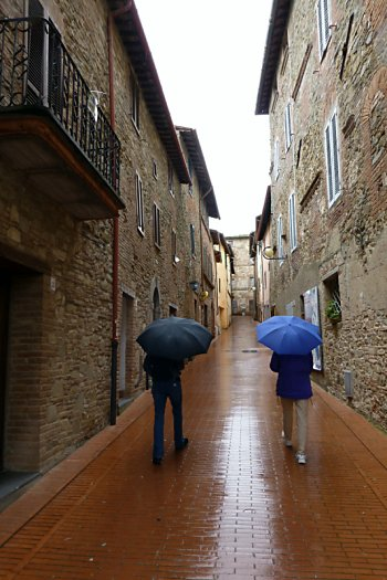 Walking through Paciano