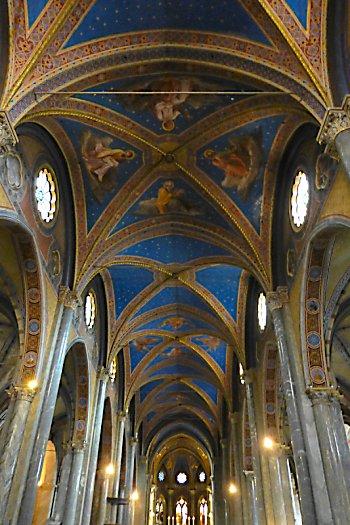 The vivid blue ceiling at Santa Maria Sopra Minerva.