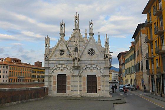 Santa Maria della Spina in Pisa