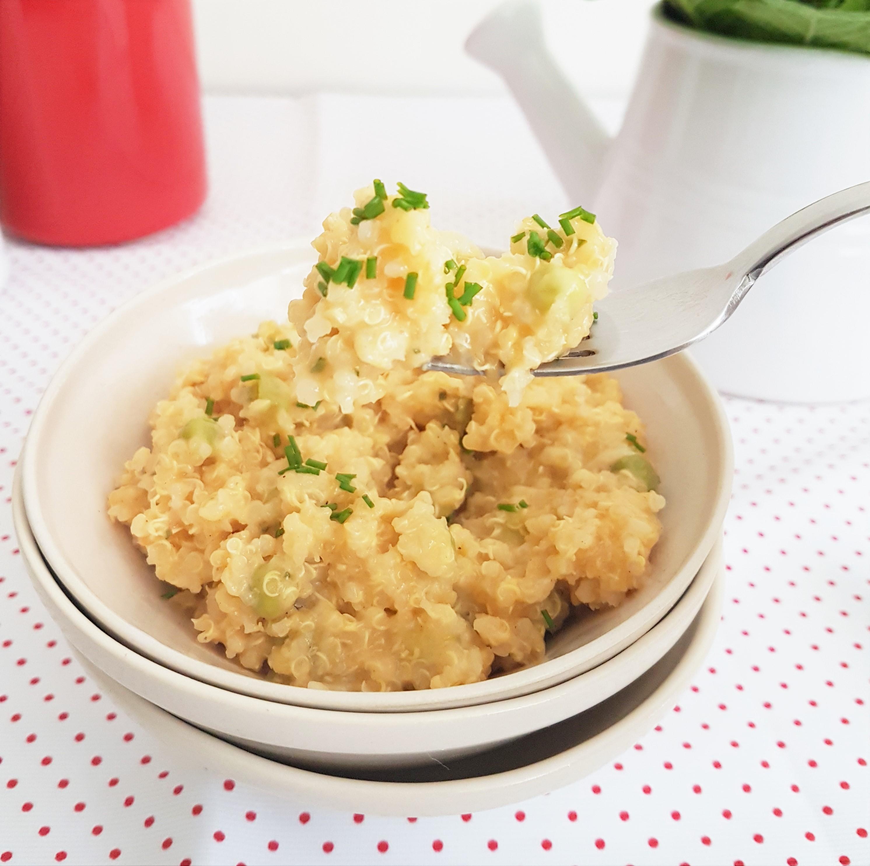 Quinoa con queso, ejotes y chícharos
