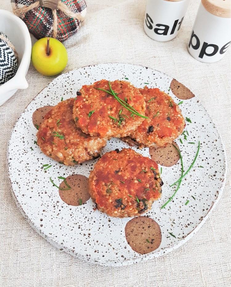 Croquetas de quinoa con jitomate deshidratado y mozzarella